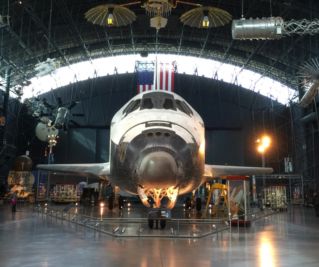 space shuttle discovery hazy - photo #25